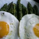Parlando di asparagi e ovi – uova nello specifico