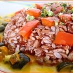 riso rosso thai e pour pourri di verdure