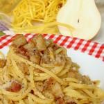 spaghettoni al cacio pepe e pere
