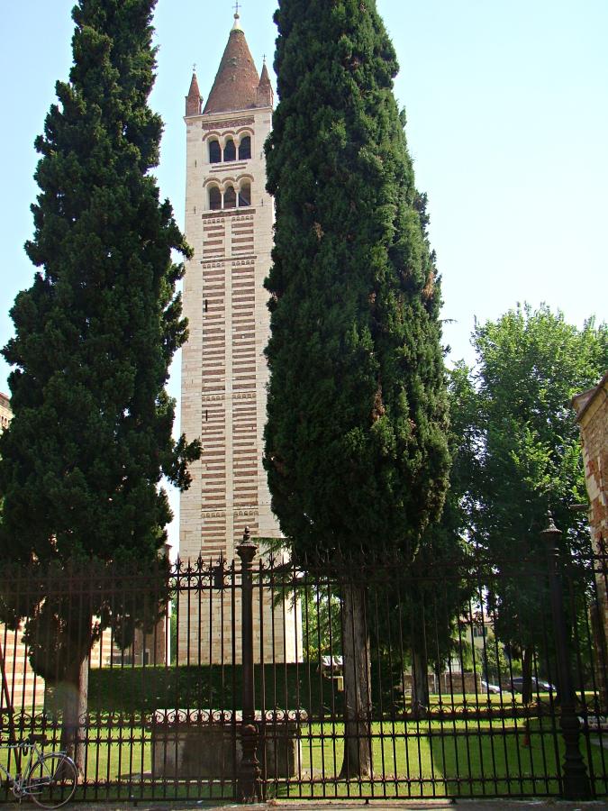 campanile San Zeno