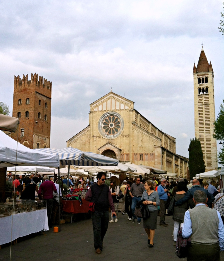 mercatino San Zeno