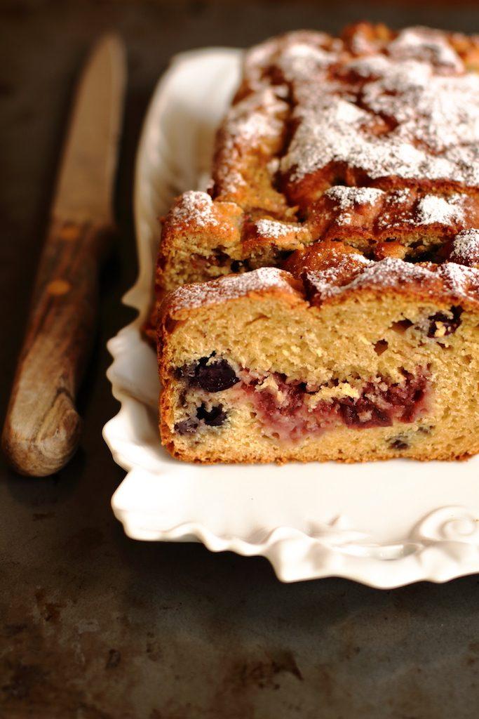 plumcake jam and blueberry