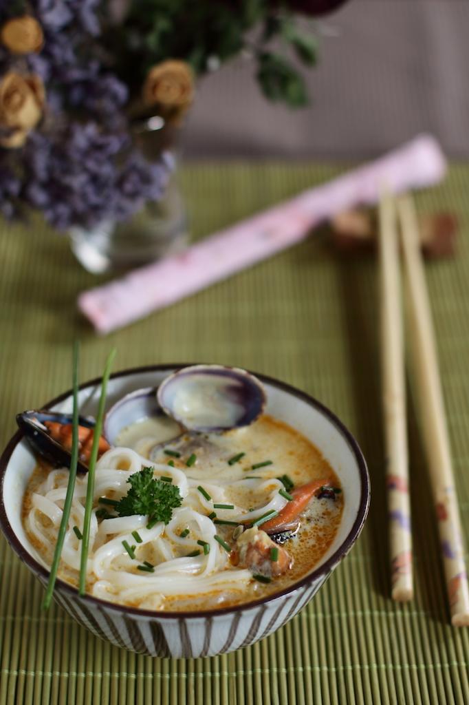 Noodles coconut soup