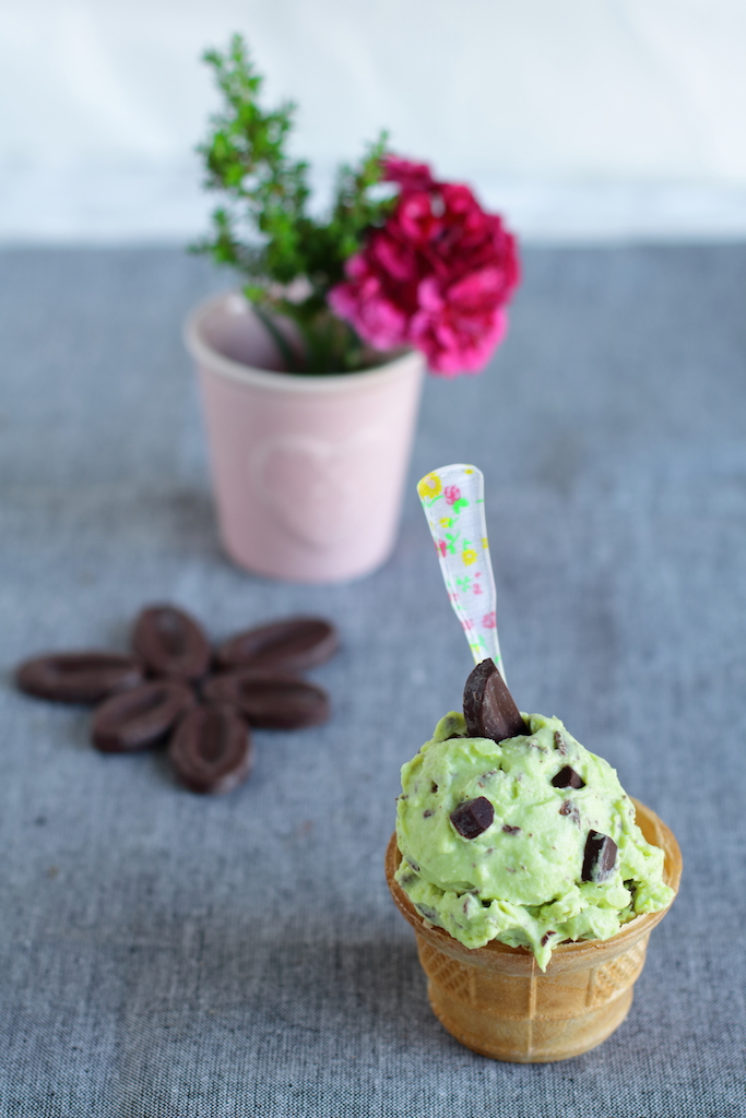 Stracciatella all'avocado vegan