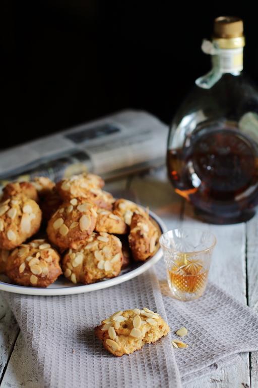 Biscotti ai cachi mandorle e spezie
