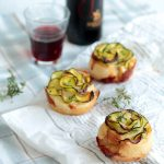 Rose di sfoglia alle zucchine e gorgonzola