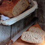 Pane semintegrale con pasta madre